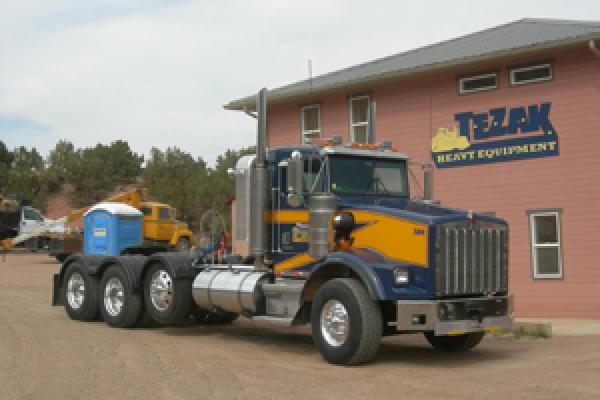 truckBE11D843-46C9-443A-A69D-F8C9EF9F396A.jpg